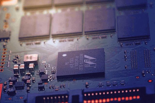 big data: imagem de uma placa de hardware