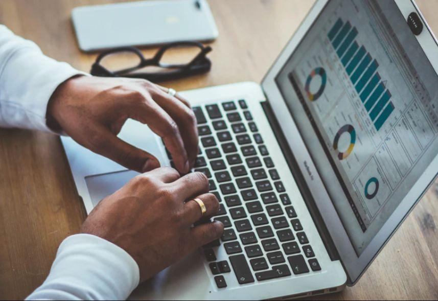 Relatório GoogleAds: saiba o que analisar para melhorar o seu desempenho!