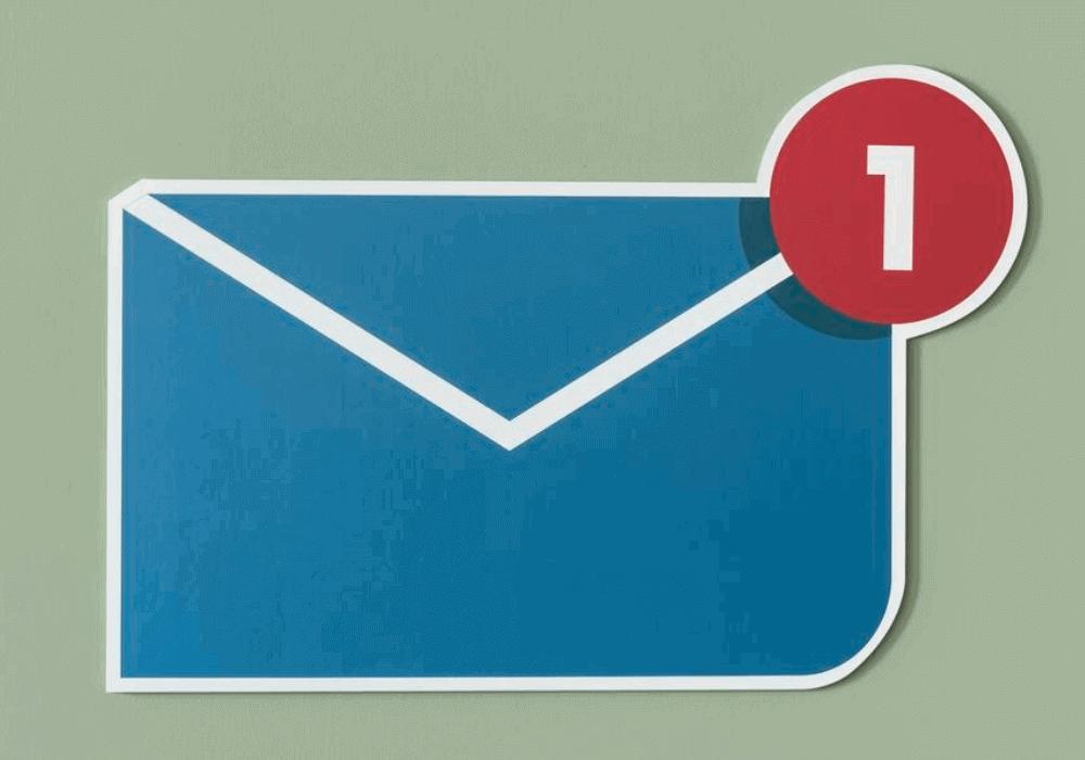 Preço inbox: imagem vetorizada de um envelope com uma notificação em vermelho. O objetivo é representar um novo e-mail na caixa de entrada.